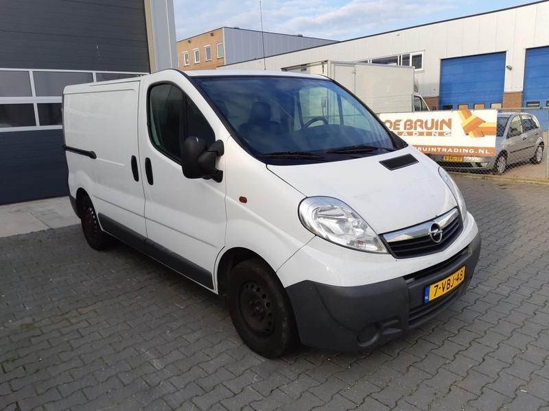gesloten bestelwagen Opel Vivaro 2.0 CDTI Vivaro