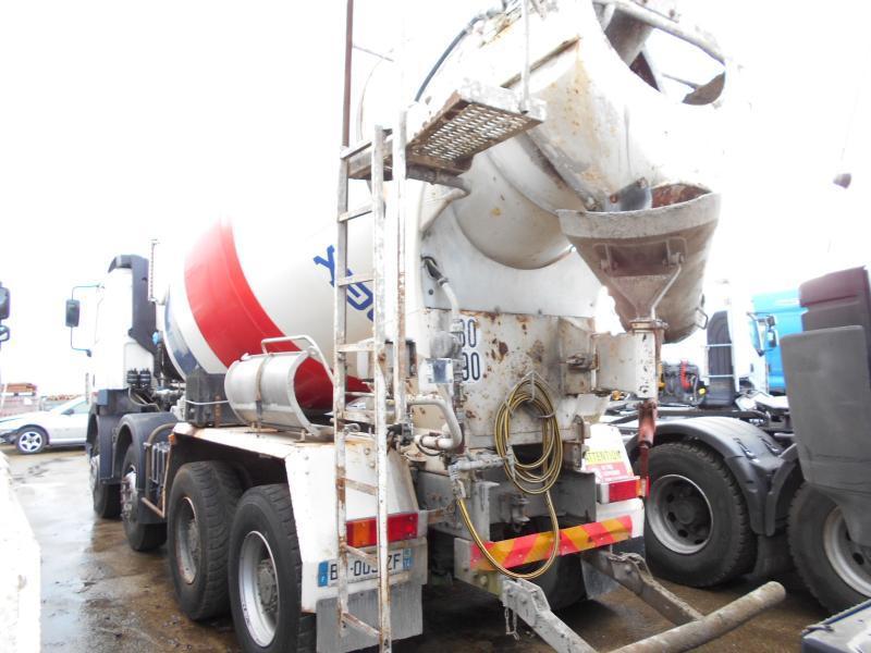 betonmixer DAF CF85 380