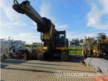 New Holland New Holland E235BSR-2 E235BSR-2 - rupsgraafmachine