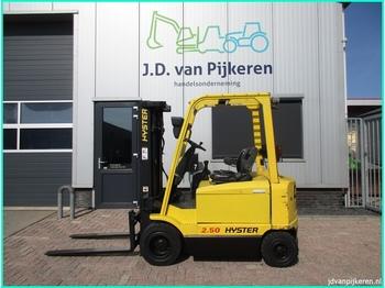 Vierwielige vorkheftruck HYSTER J2.50XM 2.5t triplex 4.95m sideshift accu 91% 8327uur!