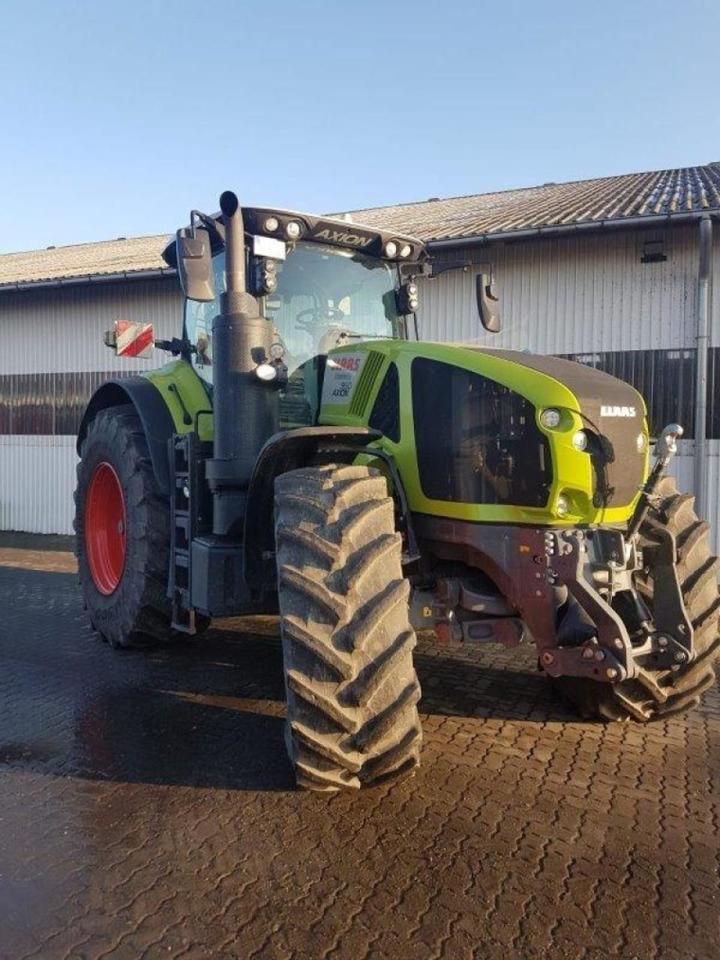 landbouw tractor CLAAS Axion 960