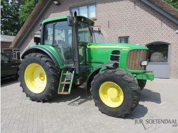 Landbouw tractor JOHN DEERE 6530