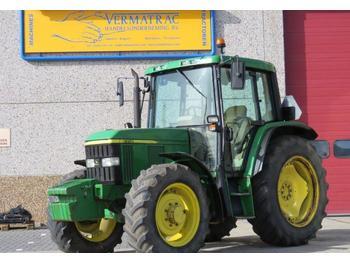 Landbouw tractor John Deere 6310