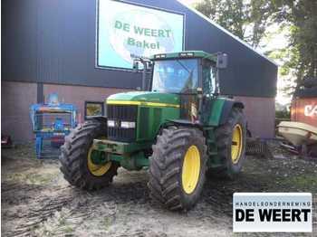 Landbouw tractor John Deere 7710
