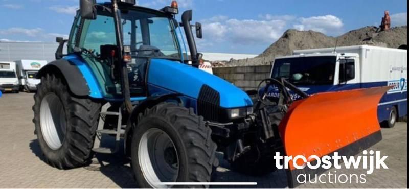 tractor Deutz 4x4 airco sneeuwschuiver