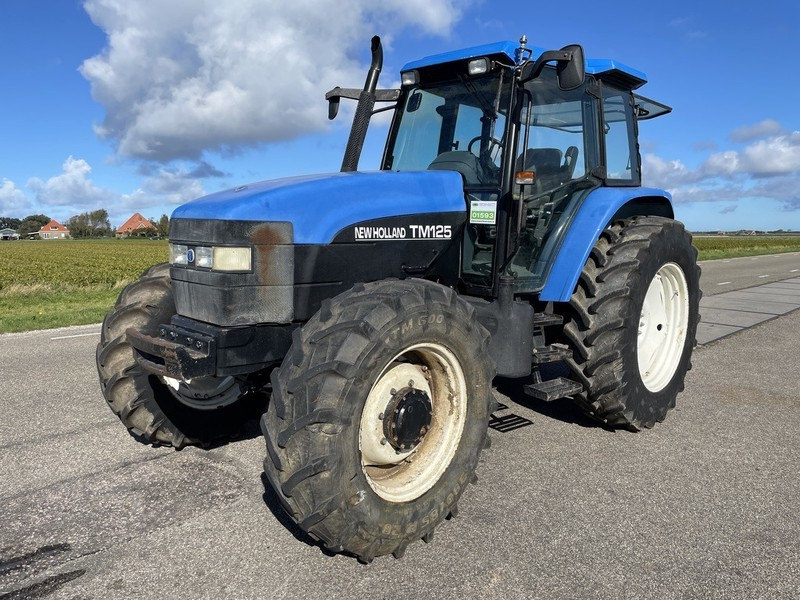 tractor New Holland TM 125