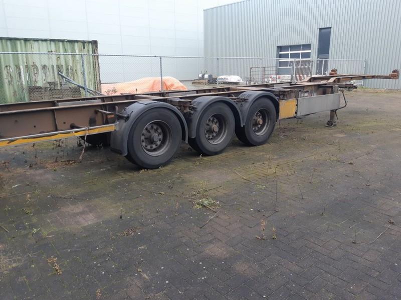 containertransporter/ wissellaadbak oplegger Pacton 3 Axles BPW 2 X 20ft or 40ft