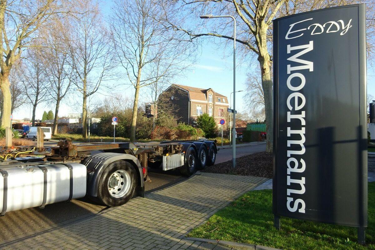 containertransporter/ wissellaadbak oplegger Renders Eur 901 Multichassis