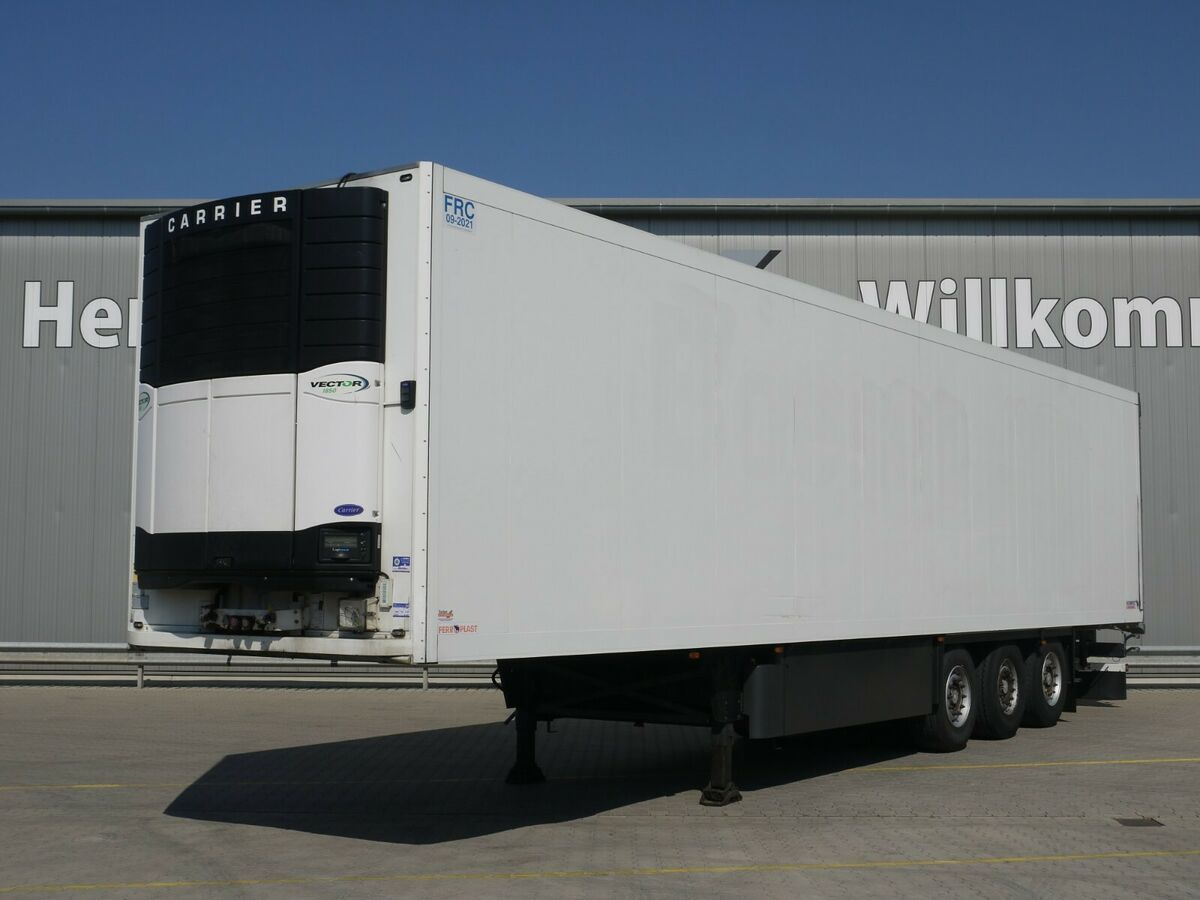 koelwagen oplegger Schmitz Cargobull SKO24 Kühl*Rohrbahnen*Fleisch*CarrierVector 1850