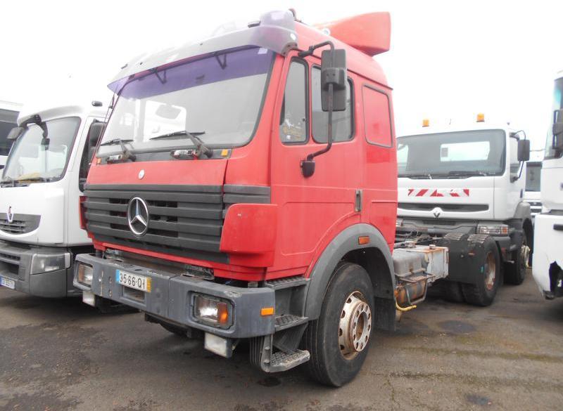 trekker Mercedes SK 2038