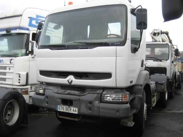 trekker Renault Kerax 370