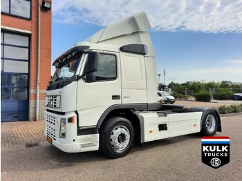 Volvo FM9 4X2T/ CLEAN DUTCH TRUCK / LOW MILAGE - trekker