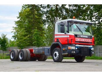 SCANIA P124C 420 6x4 full spring 2000 - chassis vrachtwagen