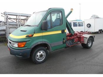 Haakarmsysteem vrachtwagen Iveco Daily 35C11