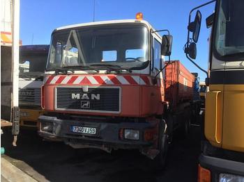 Kipper vrachtwagen MAN F2000 33.322