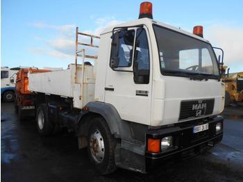 Kipper vrachtwagen MAN LE 15.224