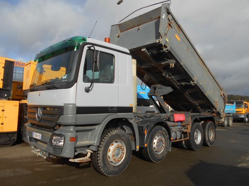 kipper vrachtwagen Mercedes Actros 4141