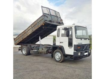 VOLVO FL6 14 Intercooler left hand drive 14 ton electric brake 3 way - kipper vrachtwagen