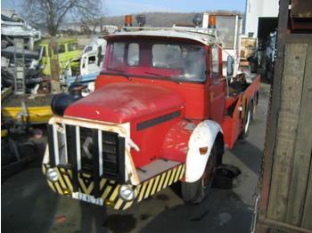 Kraanwagen Berliet GLM