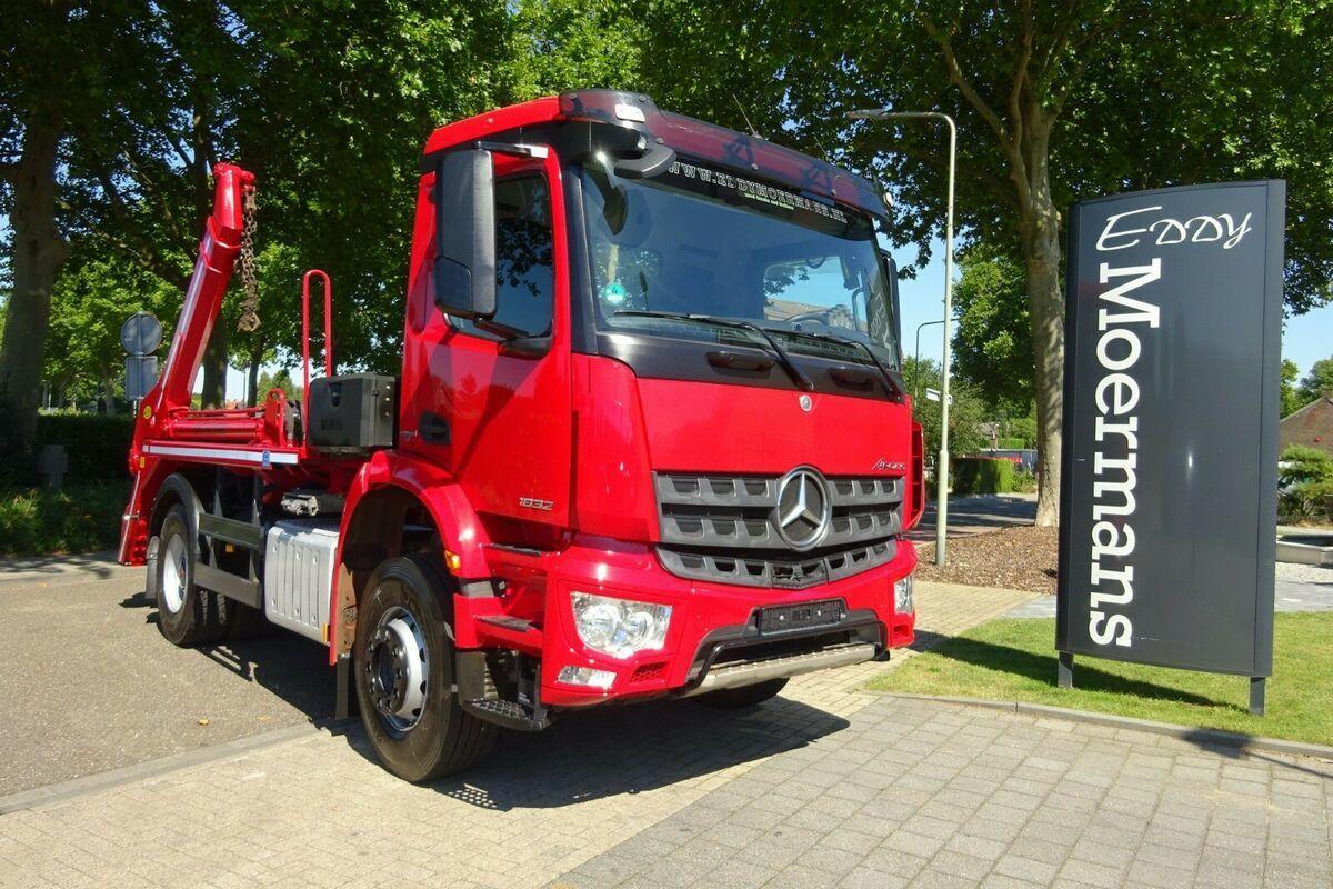 portaalarmsysteem vrachtwagen Mercedes-Benz Arocs 1832 Euro 6
