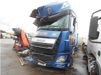 Schuifzeilen vrachtwagen DAF XF105 460