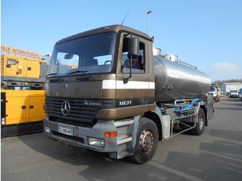 Tank vrachtwagen Mercedes Actros 1831