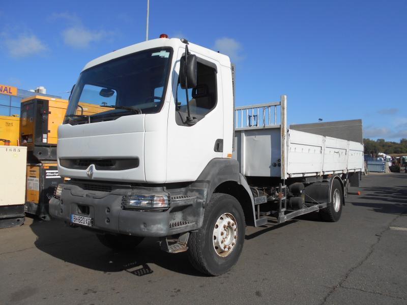 vrachtwagen met open laadbak Renault Kerax 260